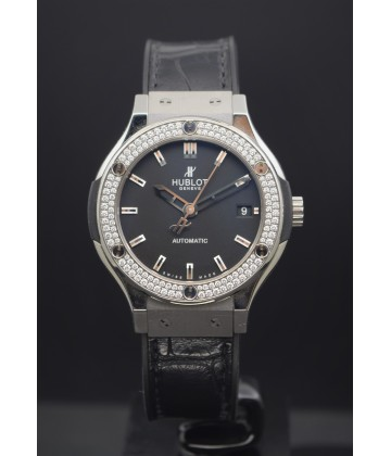 Hublot  Classic Fusion Titanium diamond 38mm